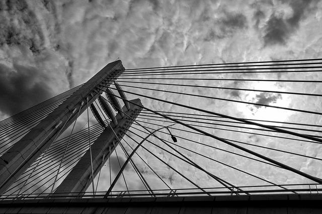 bridge-1618880_640